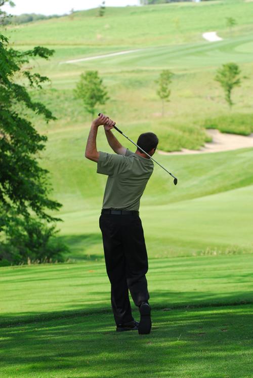 Golfer-Vertical